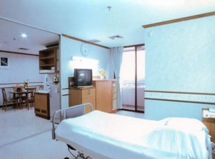Patient's Room - Suite Room - Yanhee Hospital