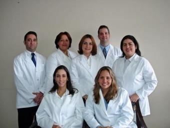 Doctors - Clinica Dental Corro Maduro