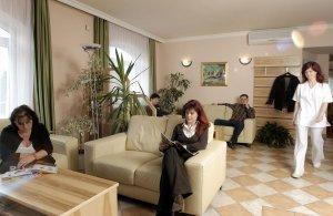 Waiting Lounge - KG-Dental - KG Dental