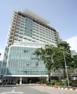 Urologists Staff Bangkok Hospital Pattaya Medical