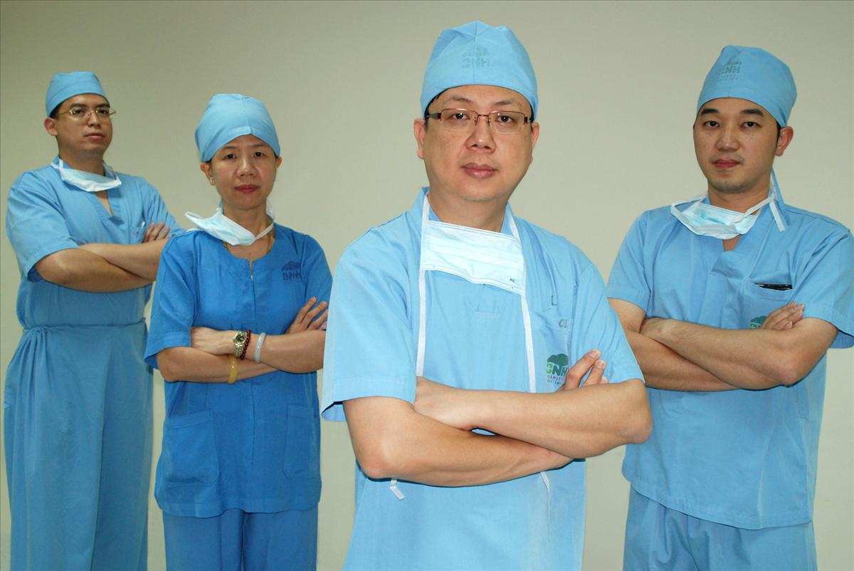 Doctors Team - Spine Center - BNH Hospital