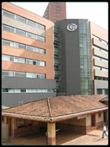 Main Building - Dr. Juan David Londono Villa