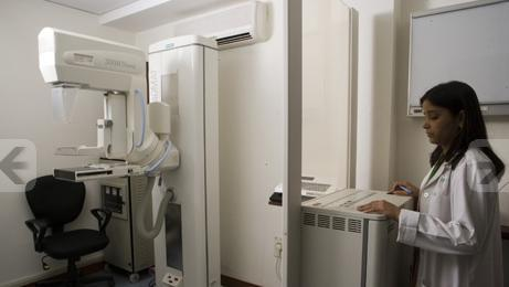 Mammography Operation - Fortis La Femme