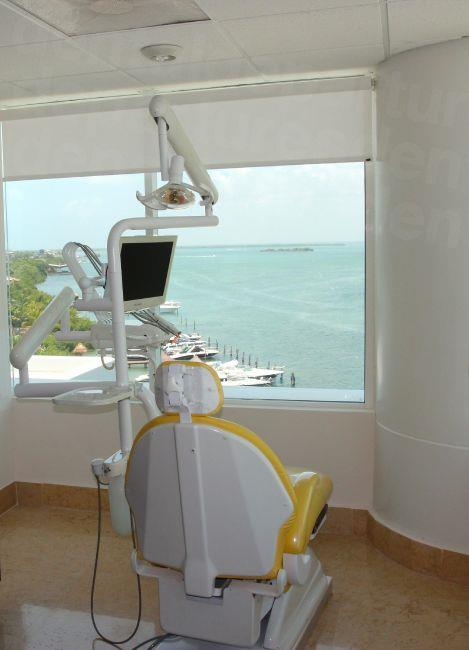 Sunset Dental Cancún